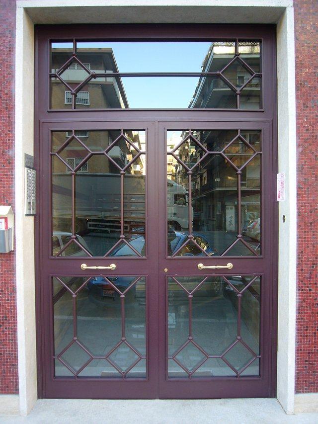 Realizzazione portoni e portoncini di ingresso in ferro, ferro ...