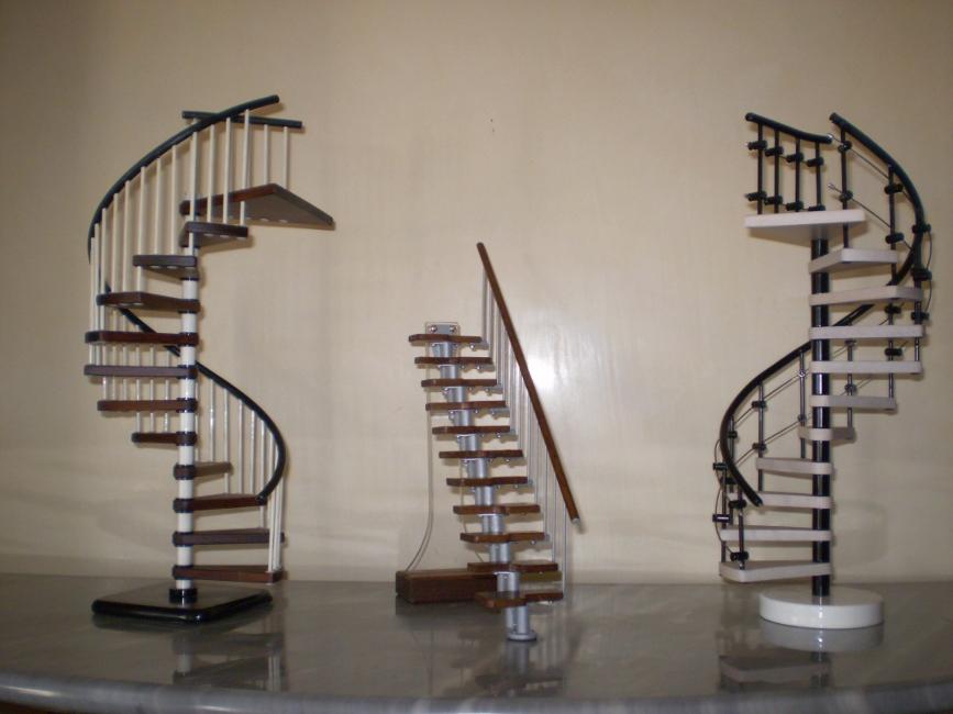 Mobili lavelli scale modulari per interni prezzi - Scale a chiocciola roma ...