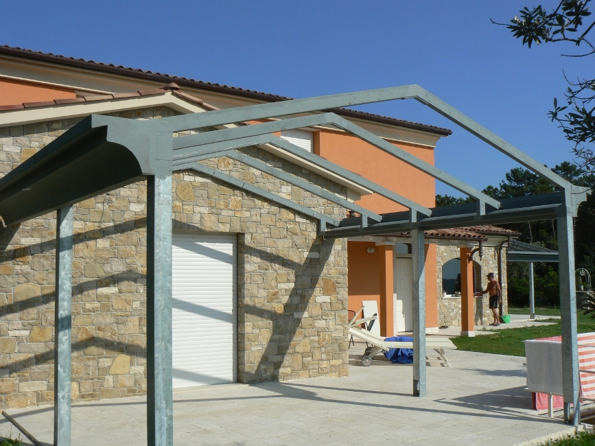 Realizzazione tettoie in ferro e ferro battuto roma la for Fai da te ferro